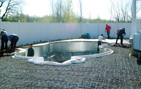 Installation de piscine comment organiser son budget for Piscine installation